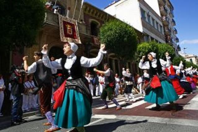 Impulsan un nuevo grupo de danzas en Estella