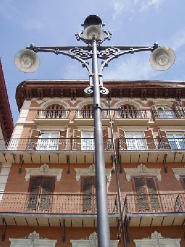 Pamplona gastará 2,1 millones de euros al año en mantener el alumbrado público