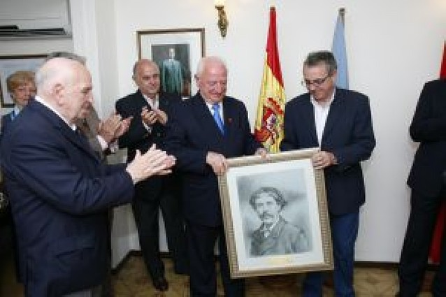 Sanz asiste al 25 aniversario del argentino Centro Navarro de Mendoza