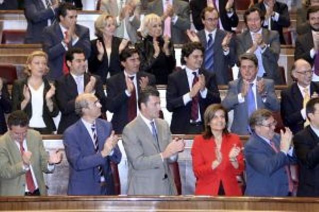 Barcina y De Cospedal intentan a contrarreloj evitar la ruptura del pacto