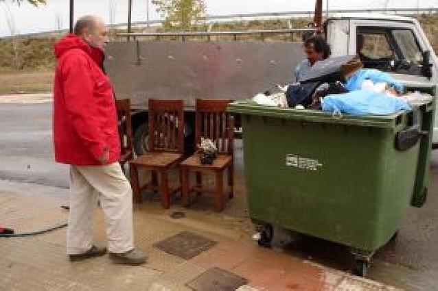 Los vecinos exigen soluciones a las inundaciones