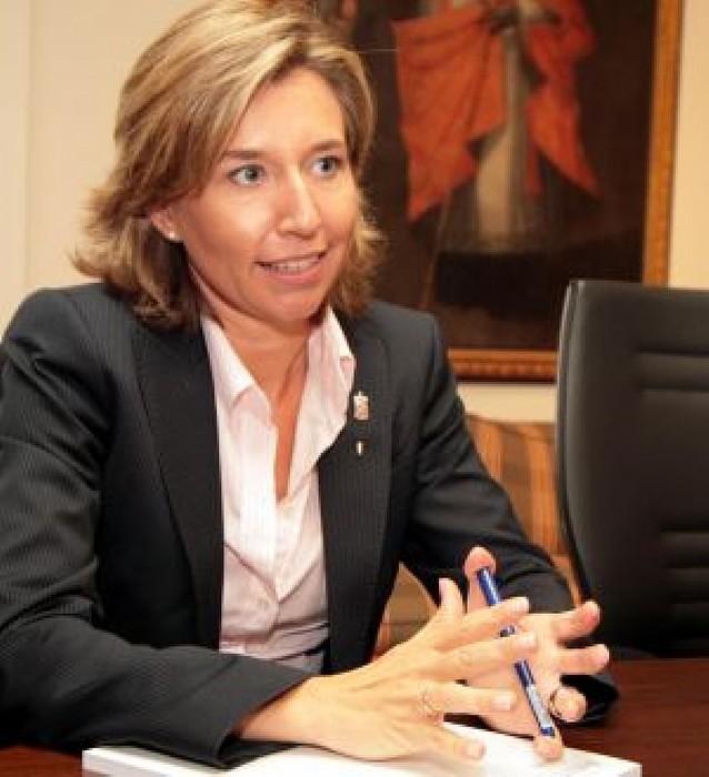 Laura Alba dice que todo está listo para licitar el tramo navarro del TAV