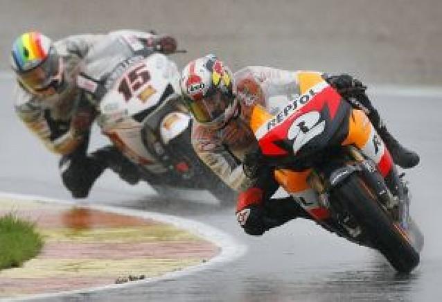 La lluvia desluce Valencia