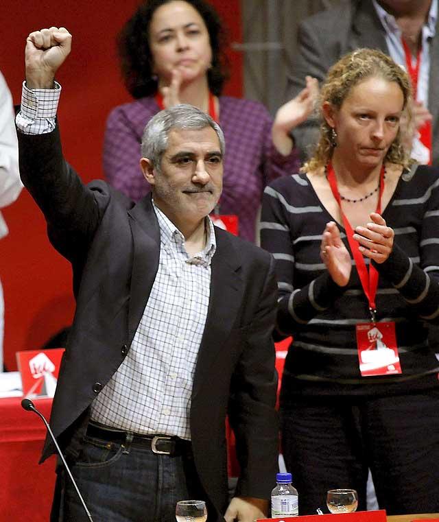 """Llamazares pide a Asturias que encabece la """"ofensiva"""" para refundar IU"""