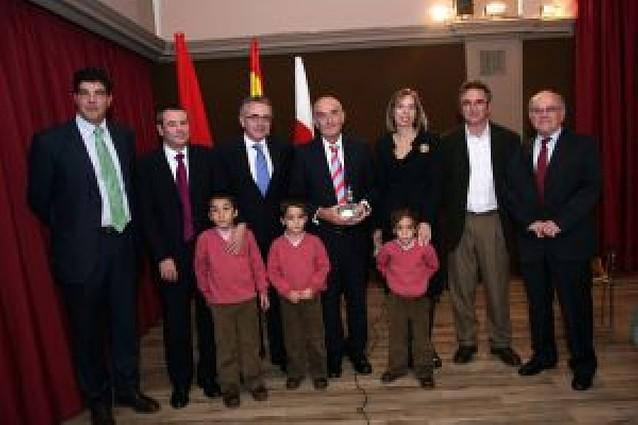 Tudela entrega el premio Zahorí de Plata 2008 al sociólogo navarro Mario Gaviria Labarta