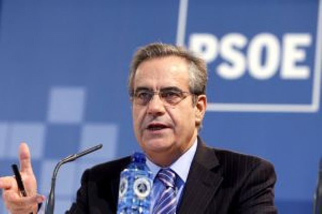"""Corbacho: """"La crisis económica real será larga"""""""
