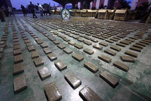 La policía colombiana decomisa diez toneladas de cocaína destinadas a México
