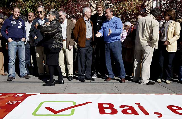 EA reclama en Estella el derecho del pueblo vasco a decidir