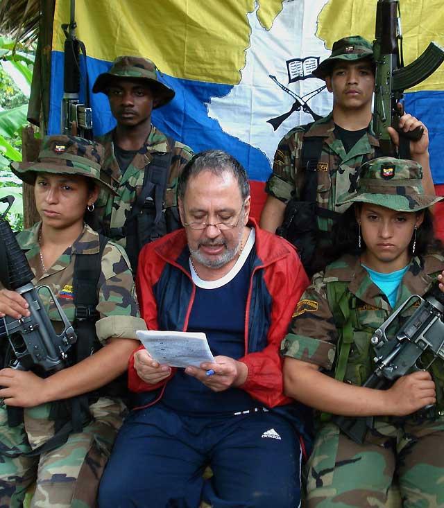 El Ejército colombiano rescata al ex congresista Lizcano, secuestrado por las FARC hace ocho años