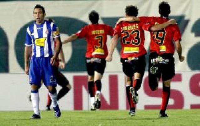 Aduriz rompe al Espanyol