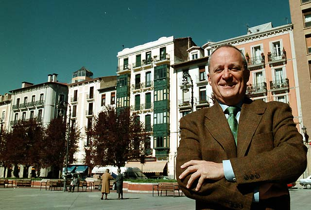 Fernando García de Cortázar gana el Premio Nacional de Historia de España