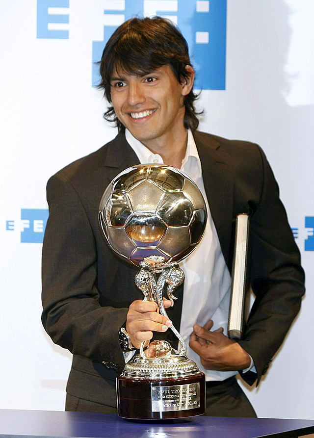 'Kun' Agüero, premiado con el trofeo EFE al mejor iberoamericano de la Liga española