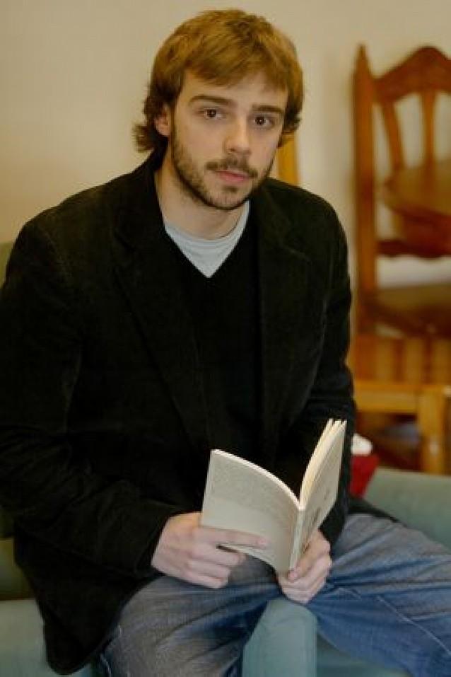 Carreño gana el premio de poesía Angel Urrutia de Lekunberri