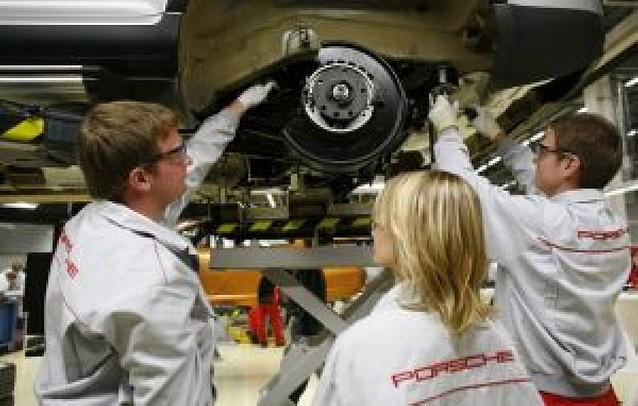 Porsche alcanza el 42% del capital de Volkswagen y se asegura llegar al 75%