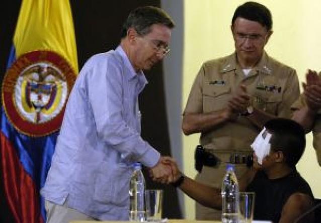 De carcelero de las FARC a héroe