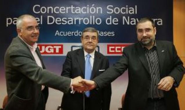 Medalla de Oro para CEN, UGT y CCOO por su labor para la concertación social