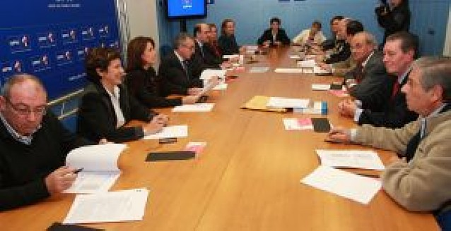 UPN suspende de militancia a Cervera y Del Burgo y afirma que sólo cabe un nuevo pacto con el PP