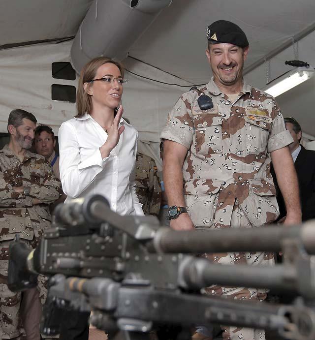 Chacón elogia la labor de las tropas españolas desplegadas en Yamena (Chad)