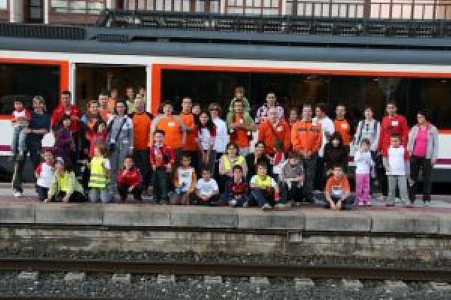 69 integrantes de la asociación Biciclistas de Corella visitan Vitoria