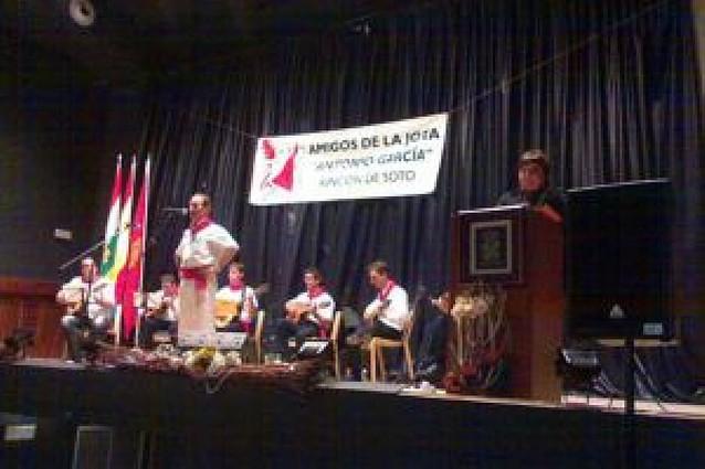 Casi 20 joteros riberos en el 6º Festival de Jotas de Veteranos