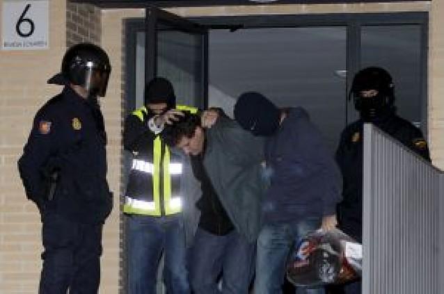 """La policía desmantela un nuevo comando de ETA """"listo para atentar en Navarra"""""""