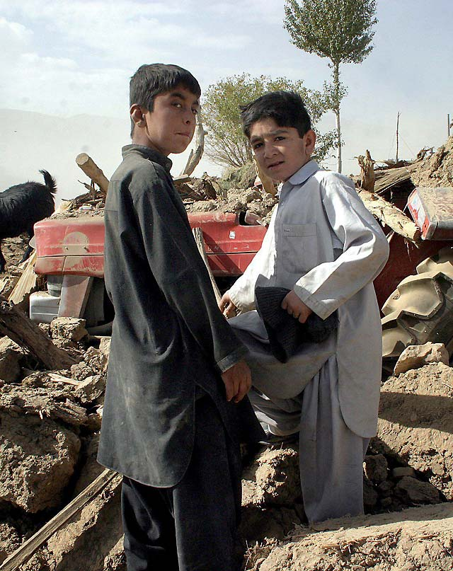 Al menos 160 muertos por el terremoto de 6,4 grados en la escala de Richter en el suroeste de Pakistán