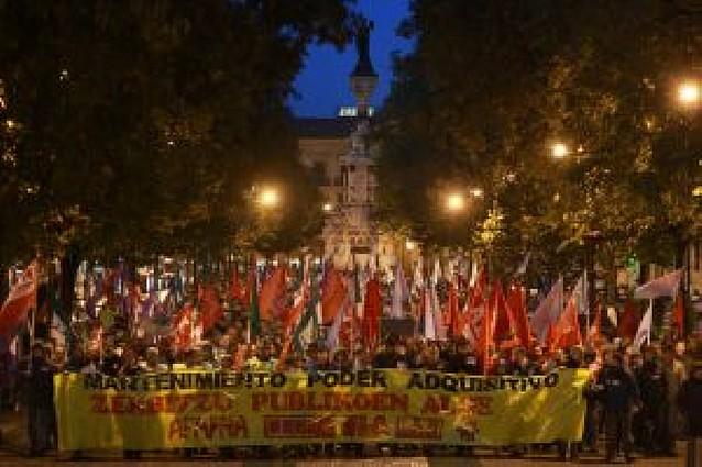 Manifestación de funcionarios para mantener su poder adquisitivo