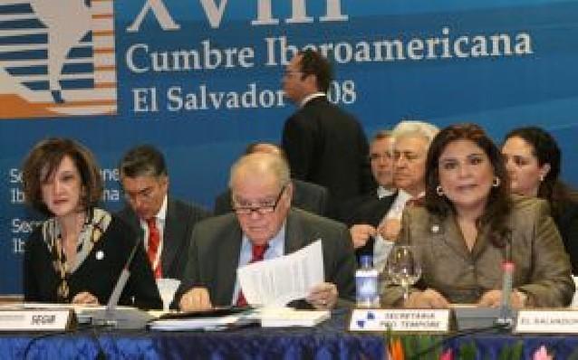 La Cumbre de El Salvador plantea que España sea la voz iberoamericana en Washington