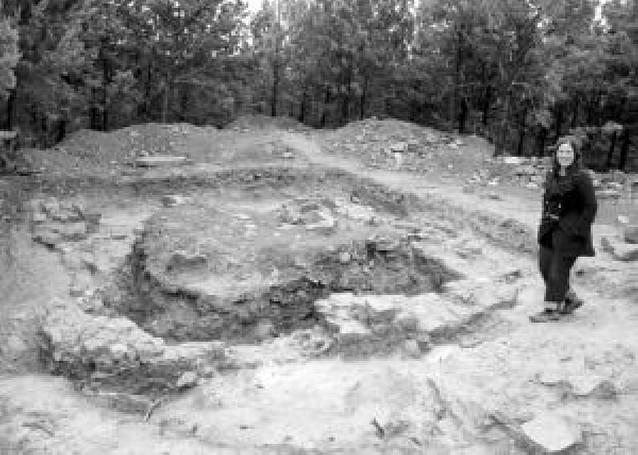 Aibar saca a la luz los restos de la torre del homenaje de su castillo medieval