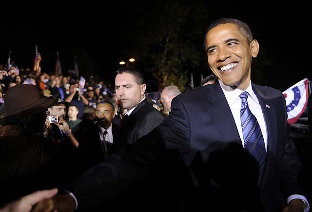 Obama dice que sus prioridades son estabilizar el sistema financiero y la independencia energética de EEUU