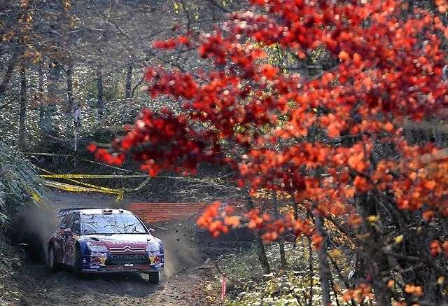 Hirvonen (Ford) prolonga su dominio y Loeb (Citroën) acaricia su quinto título