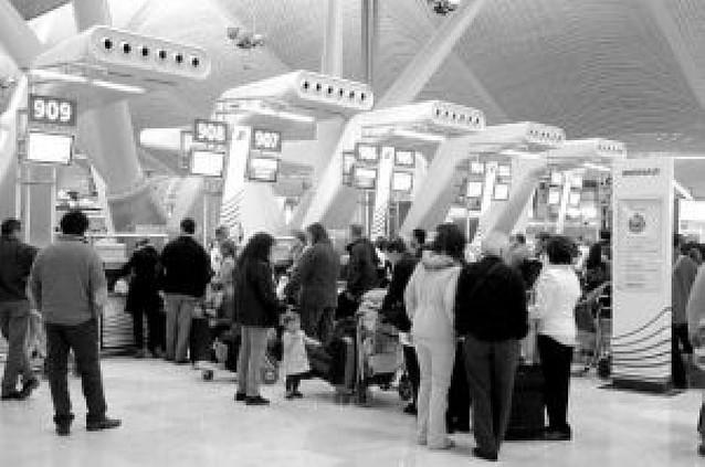 Las aerolíneas tendrán que incluir todas las tasas en el precio de los billetes