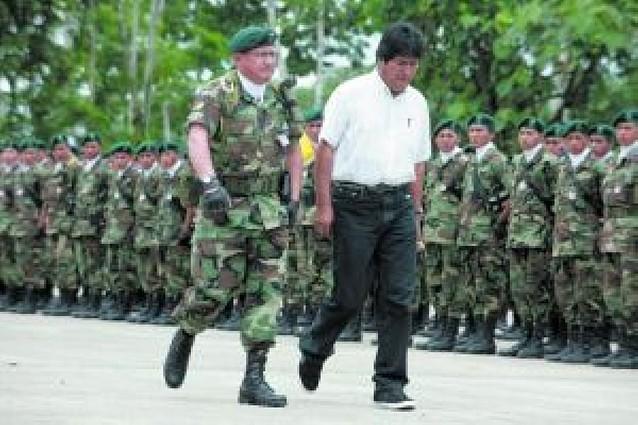 Morales suspende las operaciones de la DEA