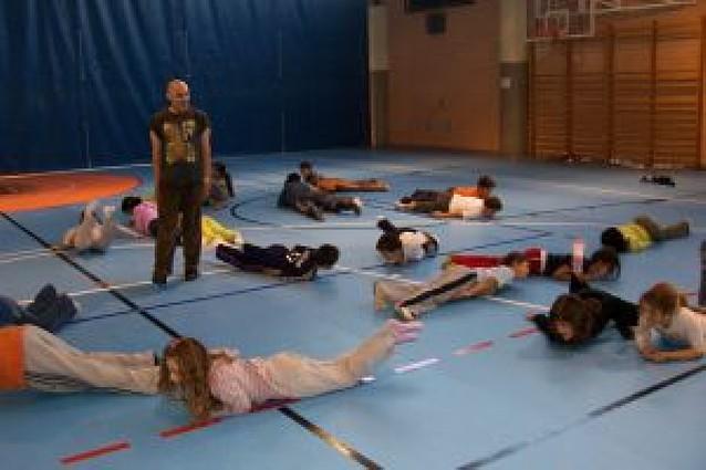 Danza en el colegio San Julián