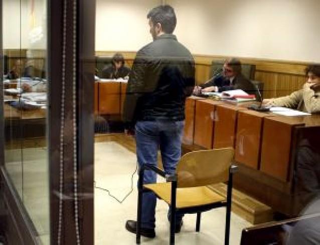 Juicio por insultar en un foro de Internet a las víctimas de ETA