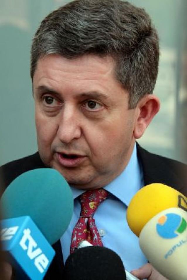 El consejero Álvaro Miranda se afilia a UPN