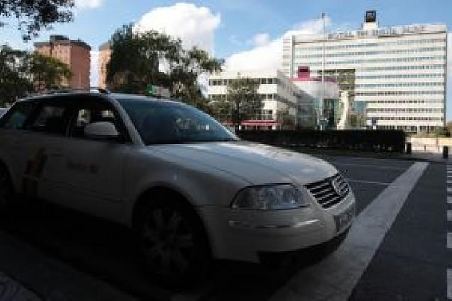Propuesta para crear un servicio de taxis turísticos en Pamplona y comarca