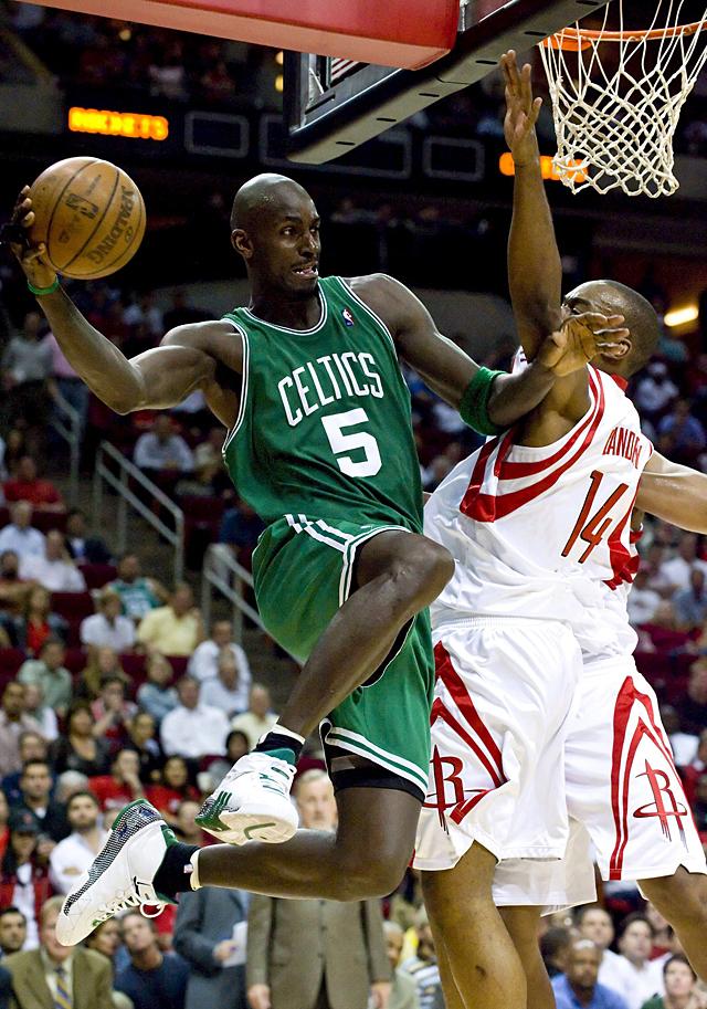 Los Celtics controlan a Ming y los Spurs pierden el duelo tejano