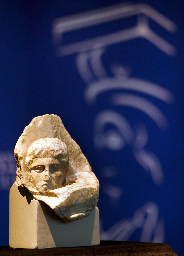 El Museo Vaticano devuelve a Grecia un fragmento del templo del Partenón