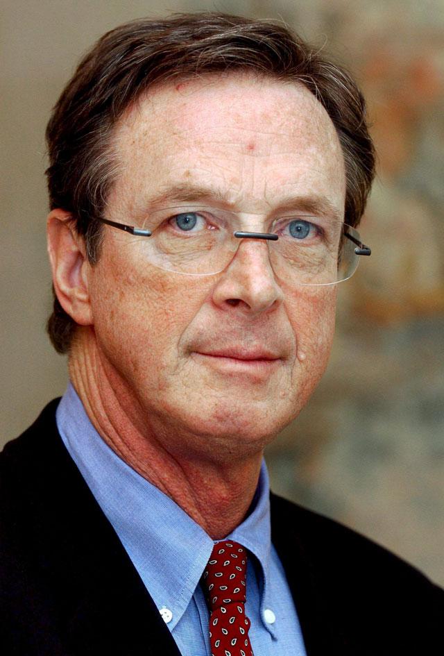 """Michael Crichton, autor de """"Parque Jurásico"""", muere a los 66 años"""