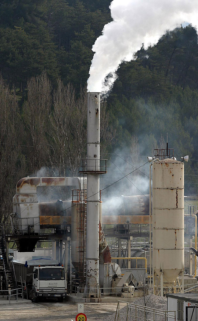 Rioja, Murcia, Canarias y Andalucía, las CCAA con mayor aumento de emisiones de CO2