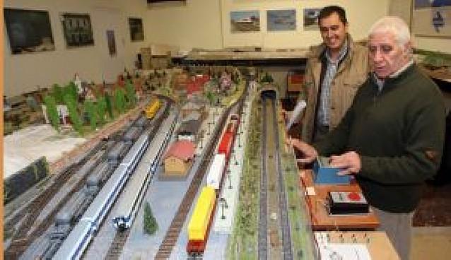 Día de puertas abiertas en la Asociación Navarra de Amigos del Ferrocarril