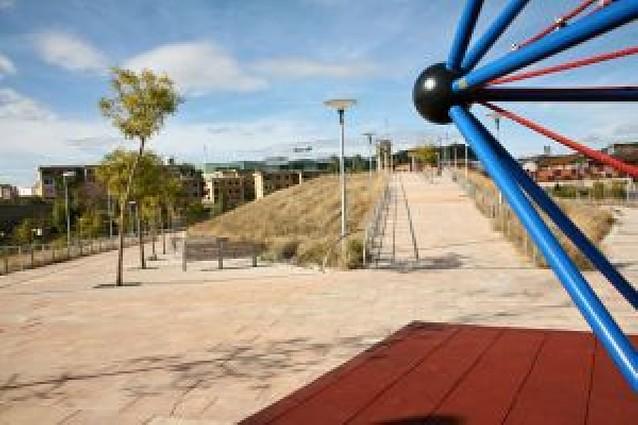 La contrata reparará las deficiencias del parque de la Champiñonera
