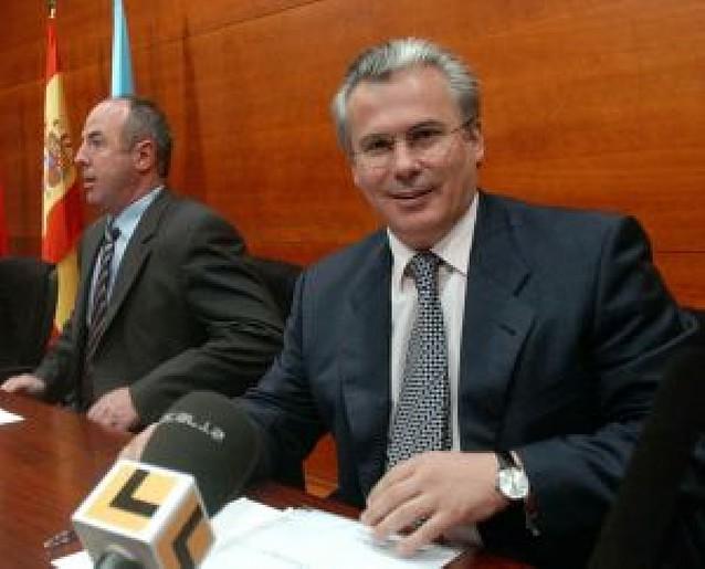 La Audiencia Nacional paraliza la apertura de fosas ordenada por Garzón