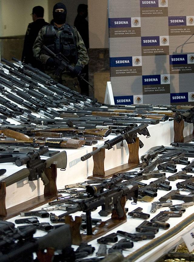Doble golpe al narcotráfico mexicano con la captura de un capo y la incautación de un arsenal