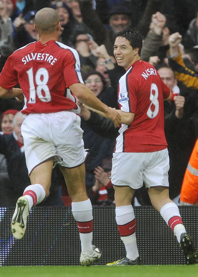 Nasri dio al Arsenal la victoria sobre el Manchester United (2-1)