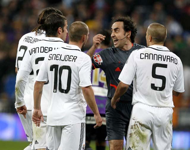 Higuaín remonta el partido para el Real Madrid (4-3)