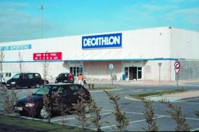 Decathlon negocia su instalación en Estella