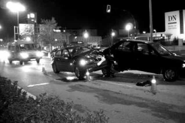 Dos heridas leves en un choque múltiple en Cordovilla