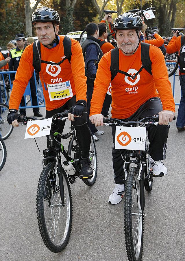 Unas 5.000 personas pasean en bici por Madrid contra la droga
